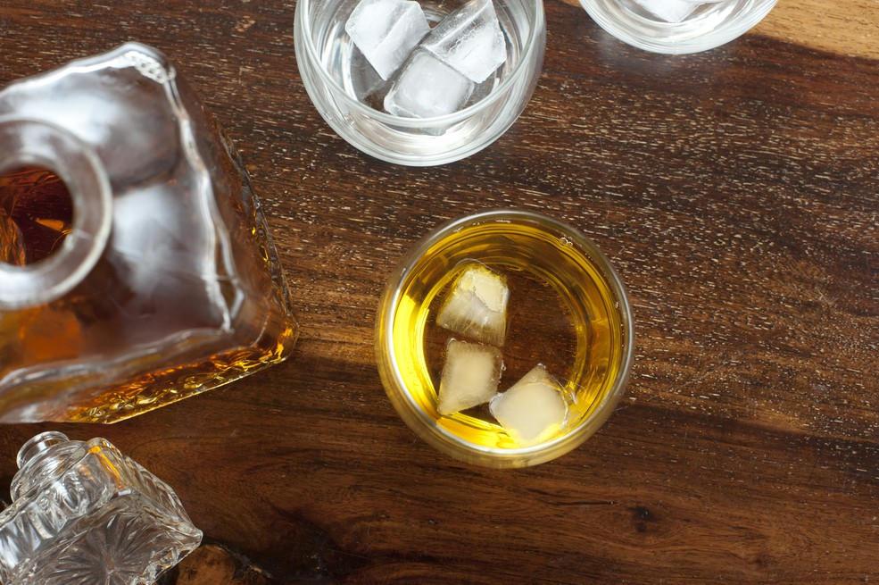 Какой виски лучше односолодовый или купажированный