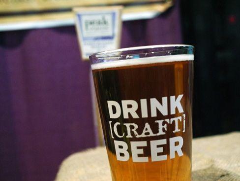 Крафтовое пиво что это такое, история крафтового пива, сорта крафтового пива, крафтовое пиво оптом, Крафтовое пиво в России