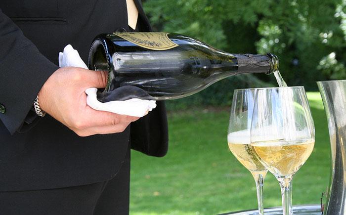 отличие вина от шампанского