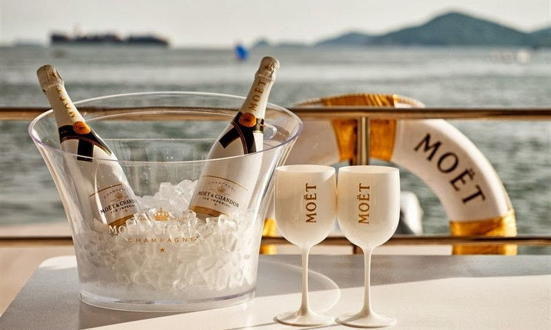 Шампанское Моет Шандон